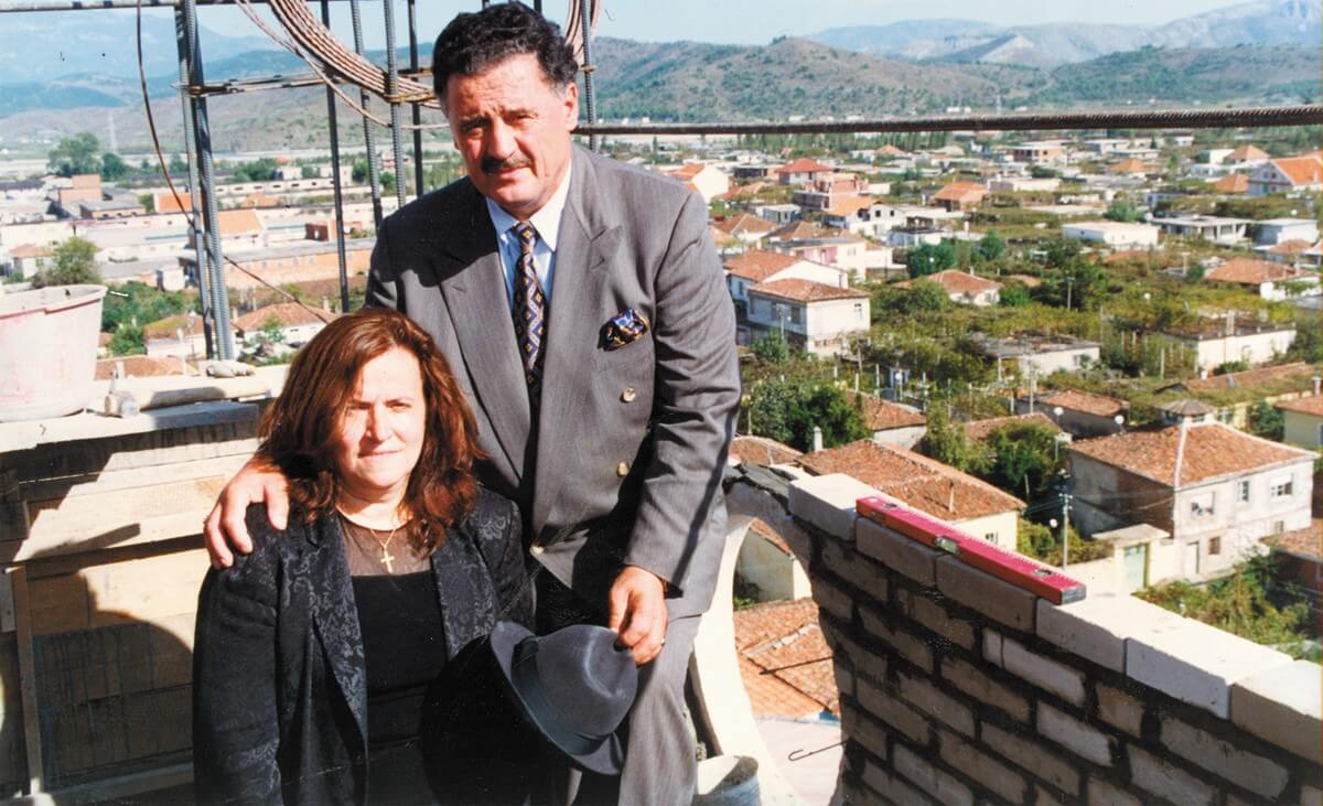 1 Kole Cacaj me gruan