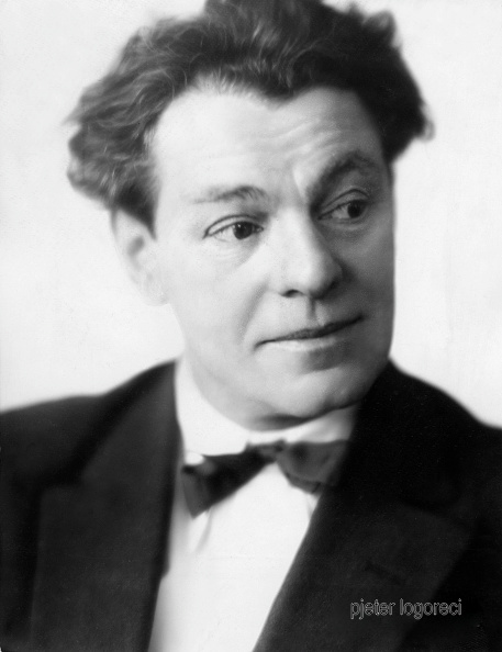 (GERMANY OUT) Moissi, Alexander - Actor, Austria*02.04.1879-23.03.1935+- Published by 'Tempo' 05.12.1931- Photographer: Lotte Jacobi (Photo by Atelier Jacobi/ullstein bild via Getty Images)